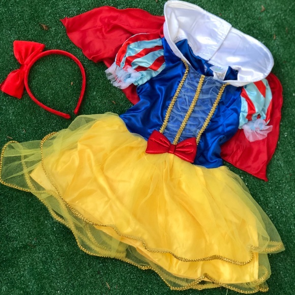 Disney Other - Snow White Infant Costume